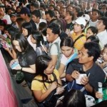 PHL woos OFWs back with 40,000 job vacancies