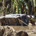 Nearly 600 dead and missing in Philippines storm – 4thlead, Wrap