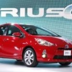 Popular gas-hybrid remains Japan's top-selling car