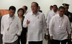 President Benigno S. Aquino III is received by Davao City Vice Mayor Rodrigo Duterte and Tourism Secretary Ramon Jimenez, Jr., upon arrival for the Opening Ceremony of the 2013 Philippine M.I.C.E. Conference (MICECON 2013) at the 3rd Floor, SMX Convention Center, SM Lanang Premiere in Davao City on Thursday (March 07, 2013). The MICE Conference is a prestigious gathering of key players in the travel and tourism industry. The conference will provide the Host an opportunity to showcase its destinations to approximately 400 stakeholders in the tourism industry comprised of: travel agents, tour operators, hoteliers, resort owners, professional congress/ exhibition/event organizers, association/corporate executives, destination management companies, airline representatives, local government officials, academe, students and the media. (Photo by: Jay Morales / Malacañang Photo Bureau).