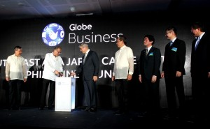 "President Benigno S. Aquino III heads the Globe Southeast Asia-Japan (SJC) Submarine Cable System launching ceremony at  The Globe Tower, 7th Avenue corner 32nd Street in Taguig City on Friday (September 27). With the President during the ceremony are DTI Secretary Gregory Domingo; Jaime Augusto Zobel de Ayala; Gil Genio head of Globe Business; Yukido Oda, President of KDDI from Japan; Ooi Seng Keat, Vice President of Carrier Services/Singtel; and Song Dai of Brunei International Gateway.  One of the main beneficiaries of the Globe-SJC interconnection will be the local business process outsourcing and the outsourcing-off shore sectors, currently regarded as the ""sunshine industries"" in the country. (MNS photo)"