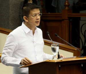 Senator Chiz Escudero, chair of the Senate Finance Committee, delivers a privilege speech on the 2014 General Appropriations Bill, Tuesday morning. According to Escudero, the 2014 budget proposal, which includes funds for climate change adaptation and disaster risk reduction programs and projects in the amount of P70 billion, will also include specific funding for the rehabilitation of the Visayas on top of the existing calamity fund to be sourced from items which can be postponed in the 2014 national budget. (MNS photo)