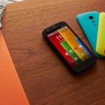 Motorola low-cost smartphone hits US early