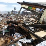 Lacson issues warning to those 'in the way' of Yolanda rehab work