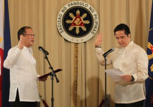 President Benigno S. Aquino III administers the oath of office to former Congressman Joseph Emilio Aguinaldo Abaya as the new Secretary of the Department of Transportation and Communication in a ceremony at the Reception Hall of the Malacañan Palace on Thursday (October 18, 2012). Abaya finished his elementary education at the De La Salle University (DLSU) in 1979. He was a consistent honor student during his secondary school years at the Philippine Science High School (PSHS). He topped the entrance examination for the Philippine Military Academy (PMA) and was sent by the government to the US Naval Academy (USNA) in Annapolis, Maryland, USA where he earned his Bachelor of Science degree in Mathematics in 1988. Abaya proceeded to Cornell University in Ithaca, New York, USA and completed his Master's degree in Electrical Engineering in 1989. He also studied law and received his Juris Doctor degree from the Ateneo de Manila University (AdMU), School of Law in 2005 and was admitted to the Philippine Bar in 2007. (MNS photo)
