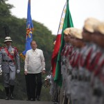 President Aquino leads mass oath-taking of military officers