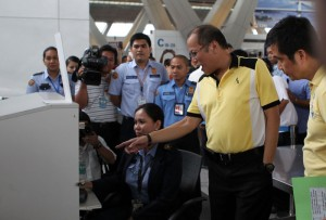 President Benigno S. Aquino III while inspecting the security arrangements and facilities at the domestic departure area, Terminal 3 of the Ninoy Aquino International Airport in Pasay City in this Balita file photo taken last October to ensure the safety of the passengers.