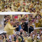 Pope Francis apologizes for shortened Leyte visit
