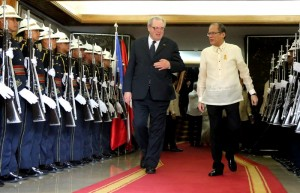 President Benigno S. Aquino III and The Prince and Grand Master of the Sovereign Order of Malta Fra' Matthew Festing troop the line during the Departure Honors at the Malacañan Palace Main Lobby on Tuesday (March 03). (MNS photo)