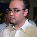 Cayetano woos Duterte: We need a real leader