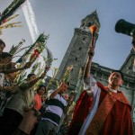 PNoy to pray for haters over Holy Week break