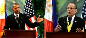 President Benigno S. Aquino III exchanges views with United States of America President Barack Obama during the expanded bilateral meeting at the Sofitel Philippine Plaza Hotel on Wednesday (November 18), at the sidelines of the APEC Economic Leaders' Meeting. (MNS photo)
