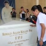 Grace Poe drops by FPJ's tomb before losing presidential race