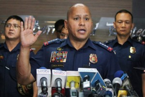 Philippine National Police Chief Director-General Ronald dela Rosa answers questions during a press conference at Camp Crame, Wednesday. Three high-ranking PNP officials allegedly involved in illegal drugs tagged by President Duterte reported to Dela Rosa to clear their names. (MNS photo)