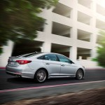 2017 Hyundai Sonata adds dynamic bending light to bevy of available safety features