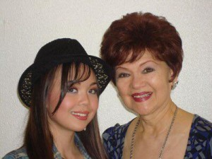 Sylvia La Torre (left) and granddaughter Anna Ma. Perez de Tagle