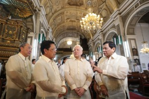 President Rodigo Duterte shares a light moment with businessman Ramon Ang, Labor Secretary Silvestre Bello III, and Alfonso Tan during the wedding of Waldo and Regine Carpio at San Agustin Church in Intramurous, Manila on September 16. (MNS photo)