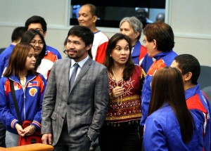 "Senate Committee on Sports Chairman and Senator Emmanuel ""Manny"" Pacquaio and Senator Loren Legarda give words of encouragement to the members of the Philippine Chess Olympiad Team, headed by Asia's first grandmaster (GM) Eugene Torre, during their visit to the Senate on Tuesday, August 30, 2016. Torre and the other members of the Philippine's men and women's chess teams will fly out to Baku, Azerbaijan tomorrow to compete for the 42nd World Chess Olympiad which will be held from September 1 to 14, 2016.(MNS photo)"